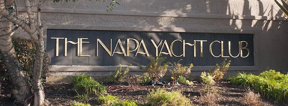 signage_edit_yachtclub